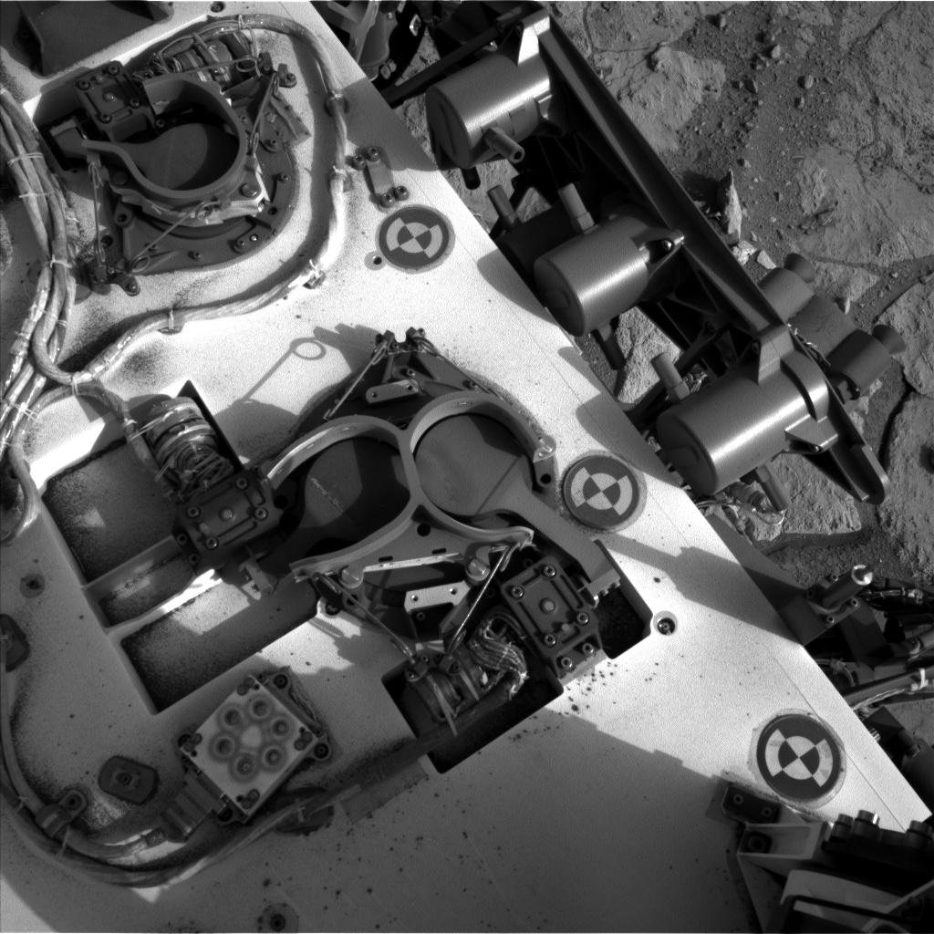 UVS_Navcam_Sol290Left_2013-05-31-055756-UTC.Image Credit: NASA/JPL-Caltech