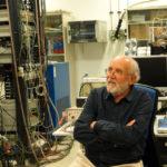Visita al CAB de Michel Mayor, Premio Nobel de Física 2019.